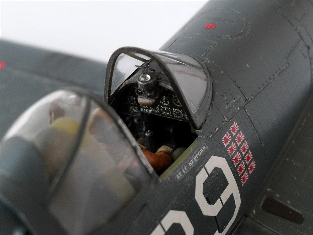F4U-1A